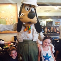 Goofy at Tusker house